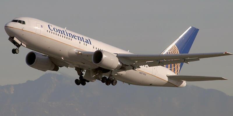 Pilot uyudu Yunan uçuş bölgesine girdi