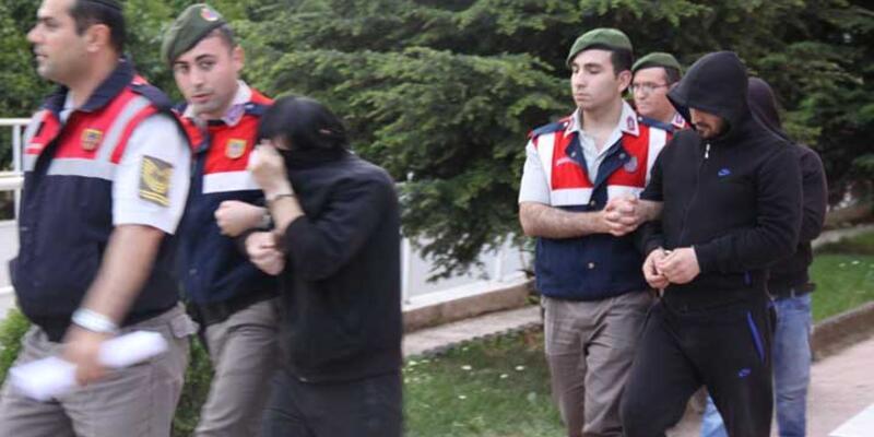 Çeçen cinayeti zanlıları tutuklandı