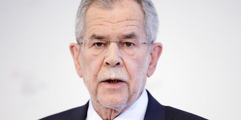 Avusturya'nın yeni Cumhurbaşkanı Van Der Bellen oldu