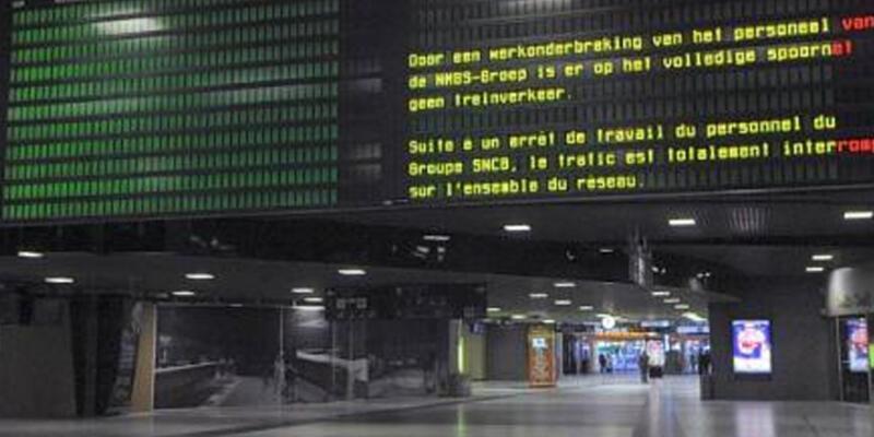 Belçika'da genel grev hayatı felç etti