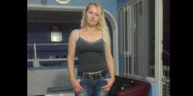 Üzerine benzin dökülerek yakılan kadın öldü