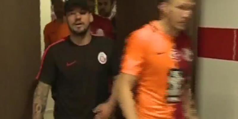 Sneijder 19.05'te ne yaptı?