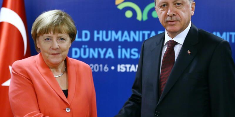 FT : 'AB, Türkiye'ye karşı ahlaki üstünlüğünü kaybetti'