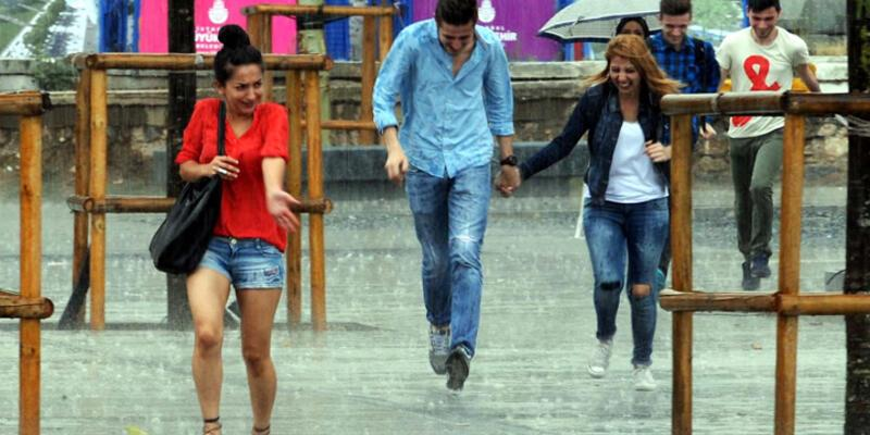 İstanbul'da sağank yağmur