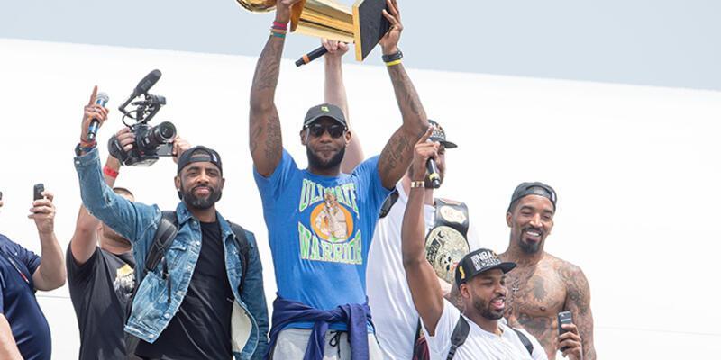 Cavaliers'in tarihini değiştiren adam: LeBron James