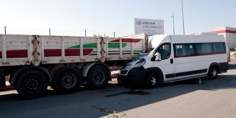 Eskişehir'de trafik kazası: 17 yaralı