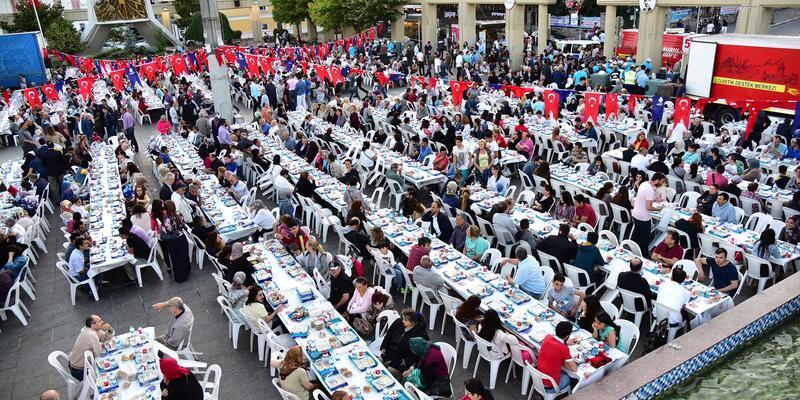 İBB'nin hafta sonu için açık hava iftar programı