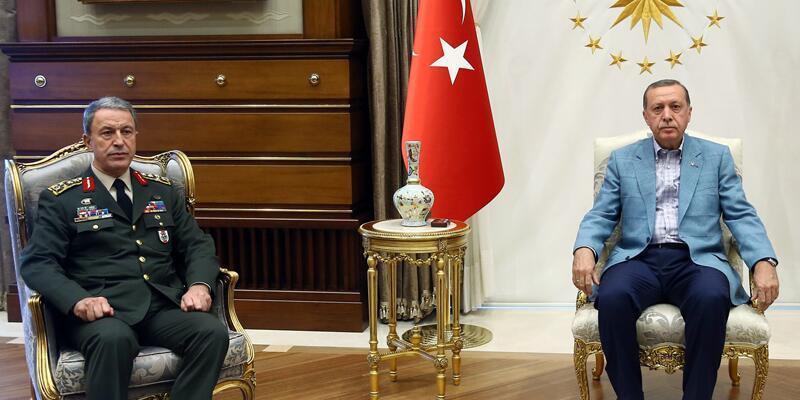 Cumhurbaşkanı Erdoğan, Genelkurmay Başkanı Akar'la görüştü