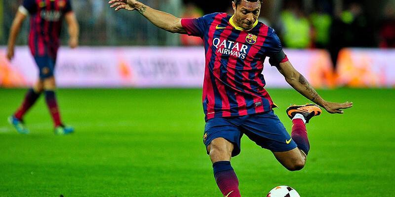 Adriano Correia kimdir?