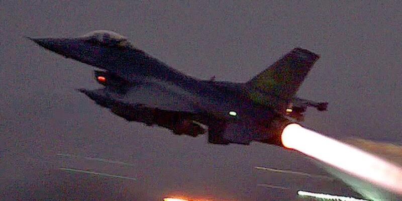 Darbe gecesi F-16'lara 20 kez yakıt nakli yapmışlar