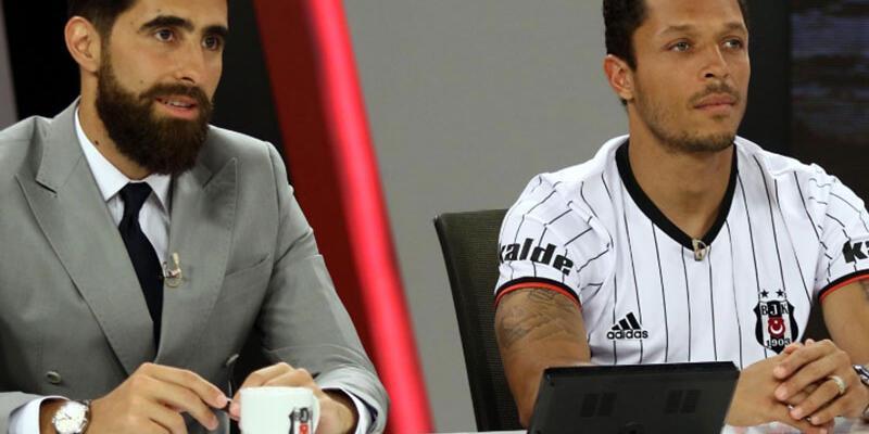 Adriano Galatasaray'ı gözüne kestirdi