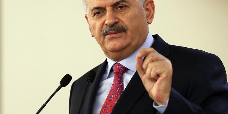 Başbakan Yıldırım: 'Cumhurbaşkanıyla beraber ölüm pahasına direnme kararı aldık'