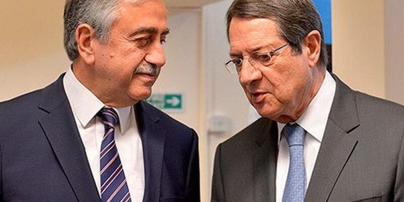 Kıbrıs'ta liderler buluştu
