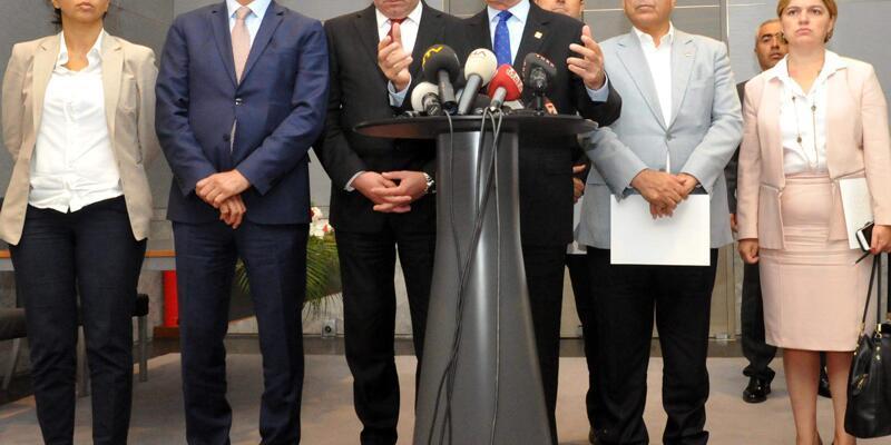 Kılıçdaroğlu: Cumhurbaşkan'ı ve Başbakan'ın isminin yazılı olduğu kitapçık vardı