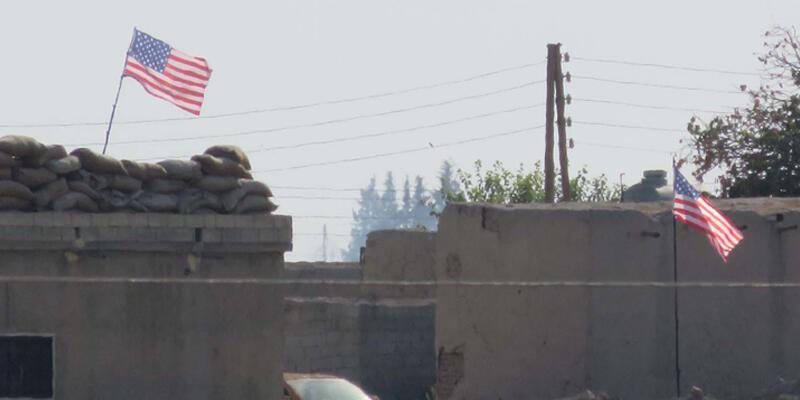 PYD'li evlerden ABD bayrağı!