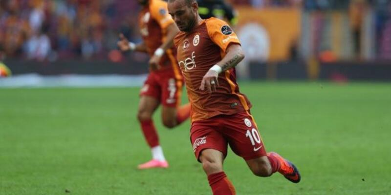 Sneijder'ın durumu ciddi mi?