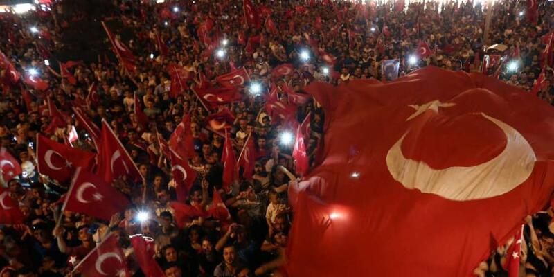 Demokrasi nöbetlerinin İstanbul'a maliyeti hesaplandı