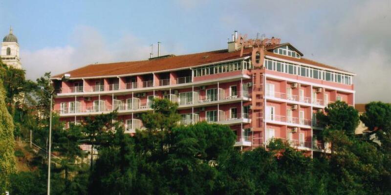Timur Bayındır'ın ortağı olduğu Harem Otel kapandı