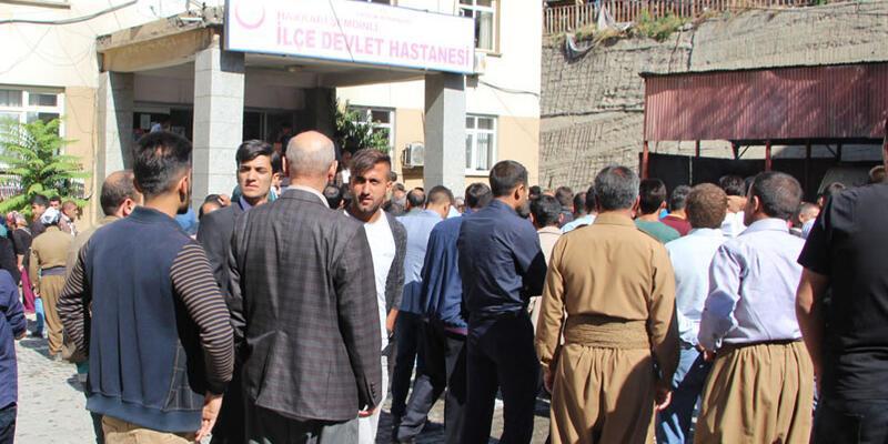 Hakkari'de karakola bomba yüklü araçla saldırı