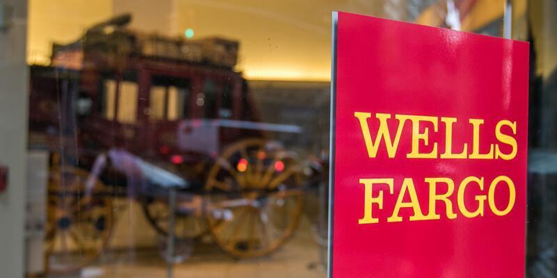 """Wells Fargo'nun """"sahte hesap skandalı"""" derinleşiyor"""