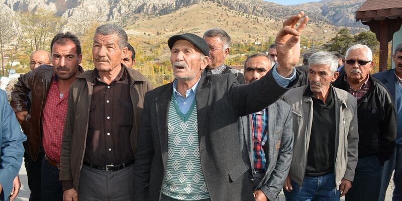 Muhtarın susuzluk isyanı: Köylüler cünüp geziyor