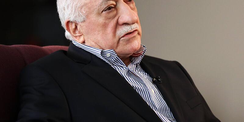 İzmir'de FETÖ tepkisi... Korucuk gitti, Dirmil geldi