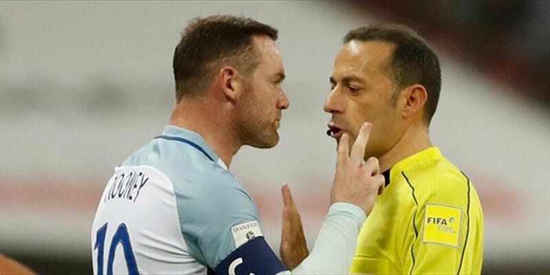 Rooney ile Cüneyt Çakır arasında gerginlik