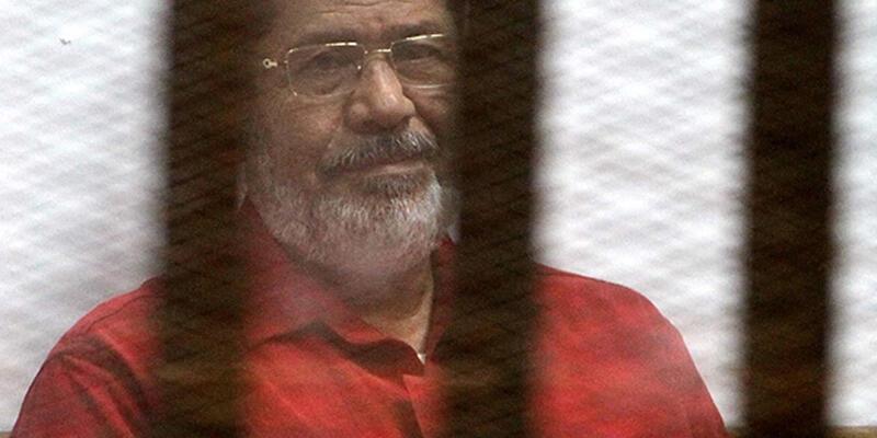 Mursi'ye müebbet hapis kararı bozuldu