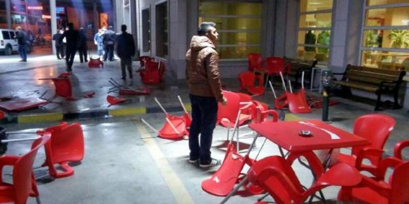 Çocuk kavgasına aileler karıştı: 8 yaralı