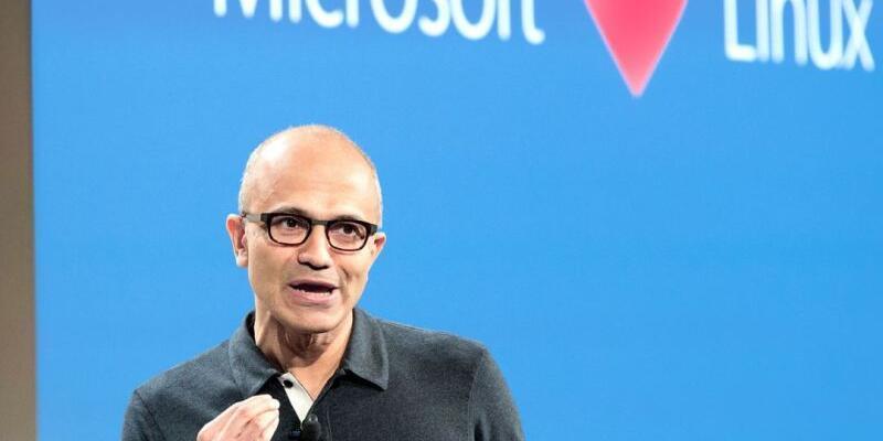 Microsoft Linux Vakfı'na katıldı!