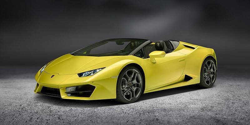 Lamborghini arkadan itişli Spyder'ı duyurdu
