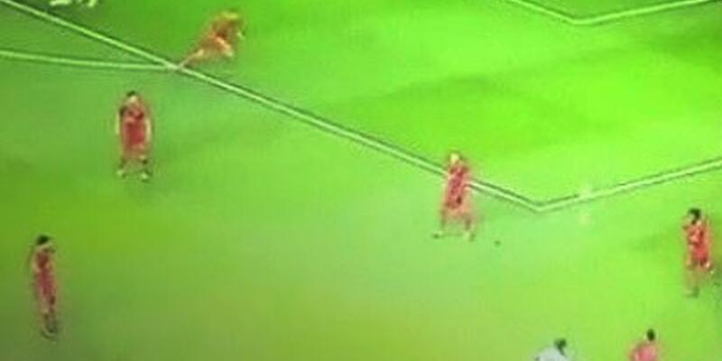 Beşiktaş-Benfica maçında tartışılan ofsayt kararı