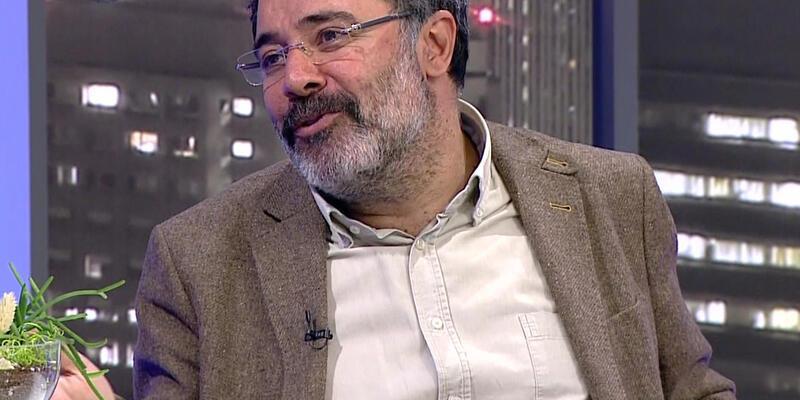 Ahmet Ümit'in yeni romanı Kırlangıç Fırtınası geliyor