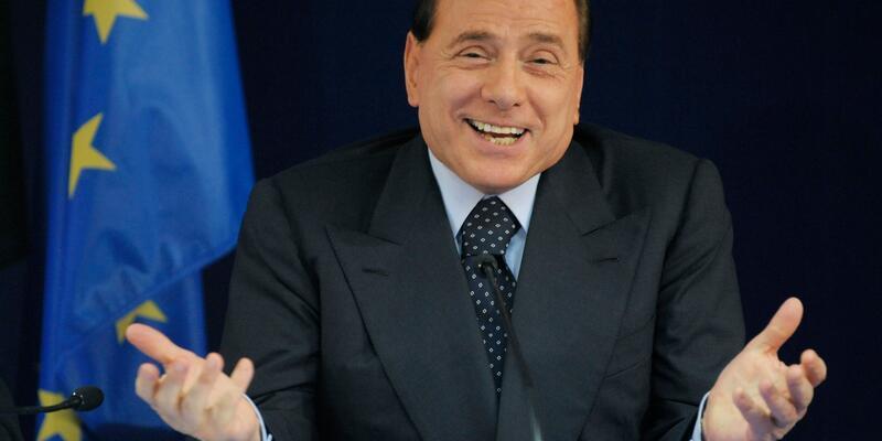 Berlusconi Den Macron Un Esi Hakkinda Skandal Sozler