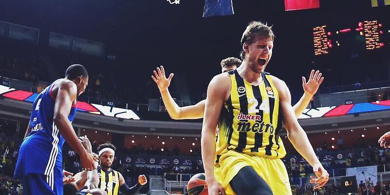 Fenerbahçe Anadolu Efes maçı hangi kanalda ve saat kaçta?