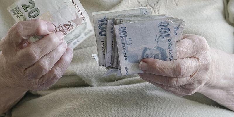 Büyükanne maaşına başvuru için süre doluyor
