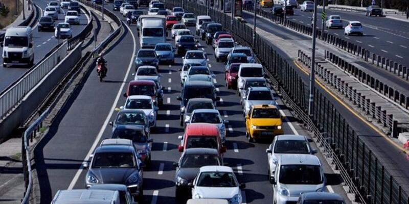 Trafiğe kayıtlı araç sayısı artıyor