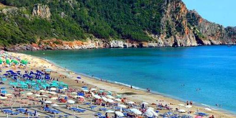 Alanya'da plaj temizliği