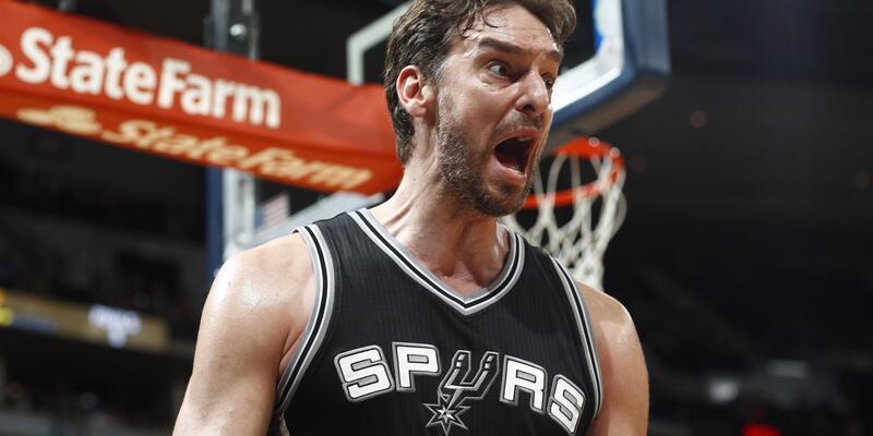 Spurs'tan 28 sayı fark