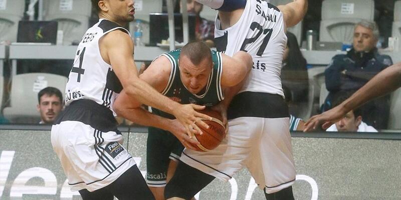 FIBA Basketbol Şampiyonlar Ligi: Beşiktaş Sompo Japan: 100 - Dinamo Sassari: 70
