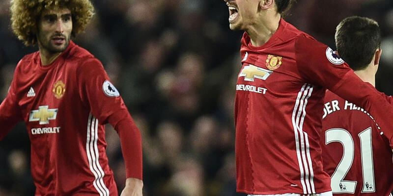 Zlatan Ibrahimovic 1 puanı kurtardı