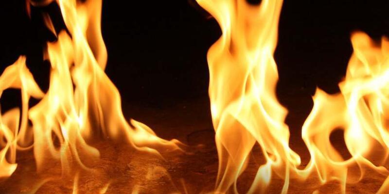 Balıkesir'de örtü yangını