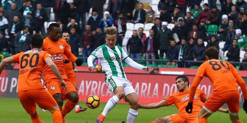 Konyaspor'un 3 hafta sonra yüzü güldü