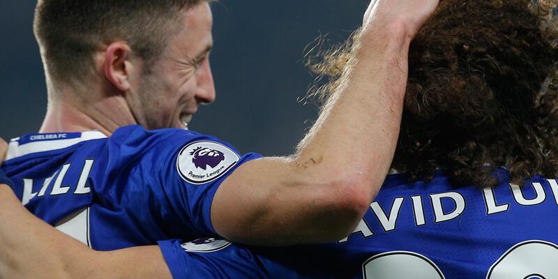 Chelsea ve Arsenal fırsatı kaçırmadı