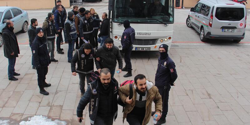 Edirne'de ByLock kullanan 12 polis gözaltına alındı