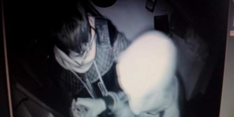 Hırsızı taktığı gözlük yakalattı