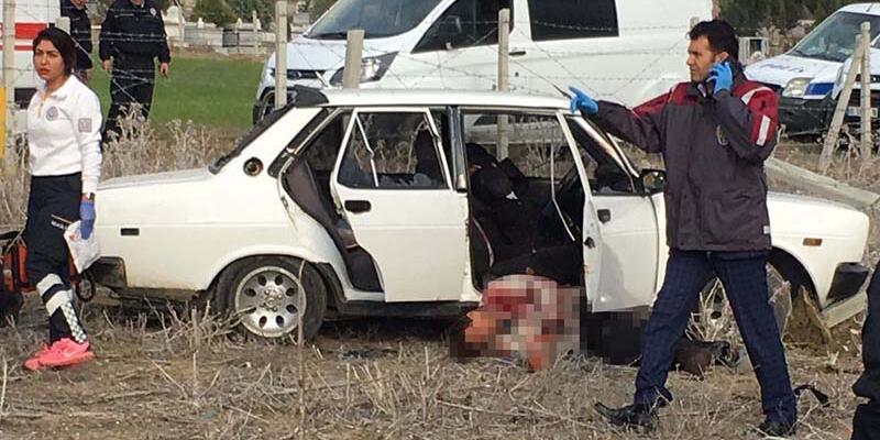 Adana'da 3 kişi öldürüldükleri mezarlığa defnedildi
