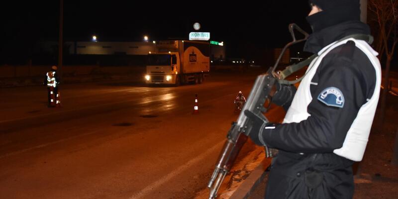 Erzurum ve Diyarbakır'da 'torbacılara' operasyon