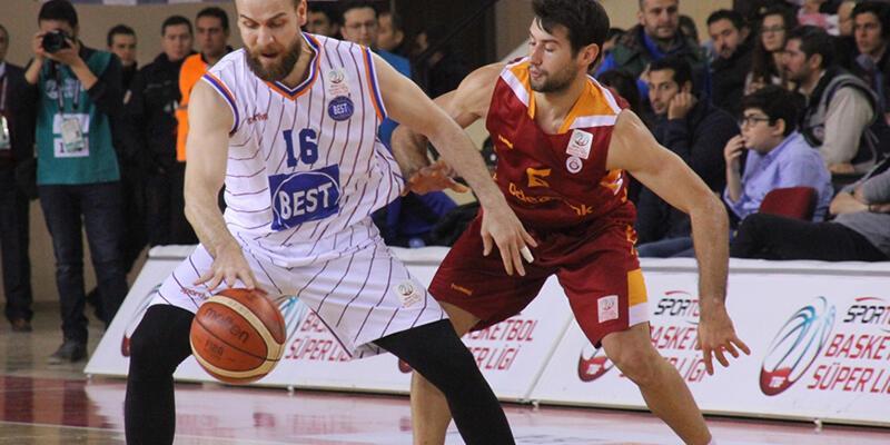 Galatasaray Fitipaldo ile kazandı