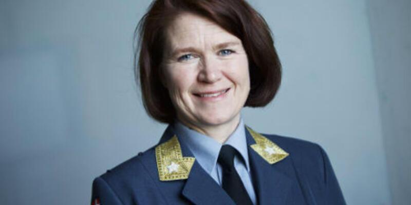 Norveç Hava Kuvvetleri'ne kadın komutan